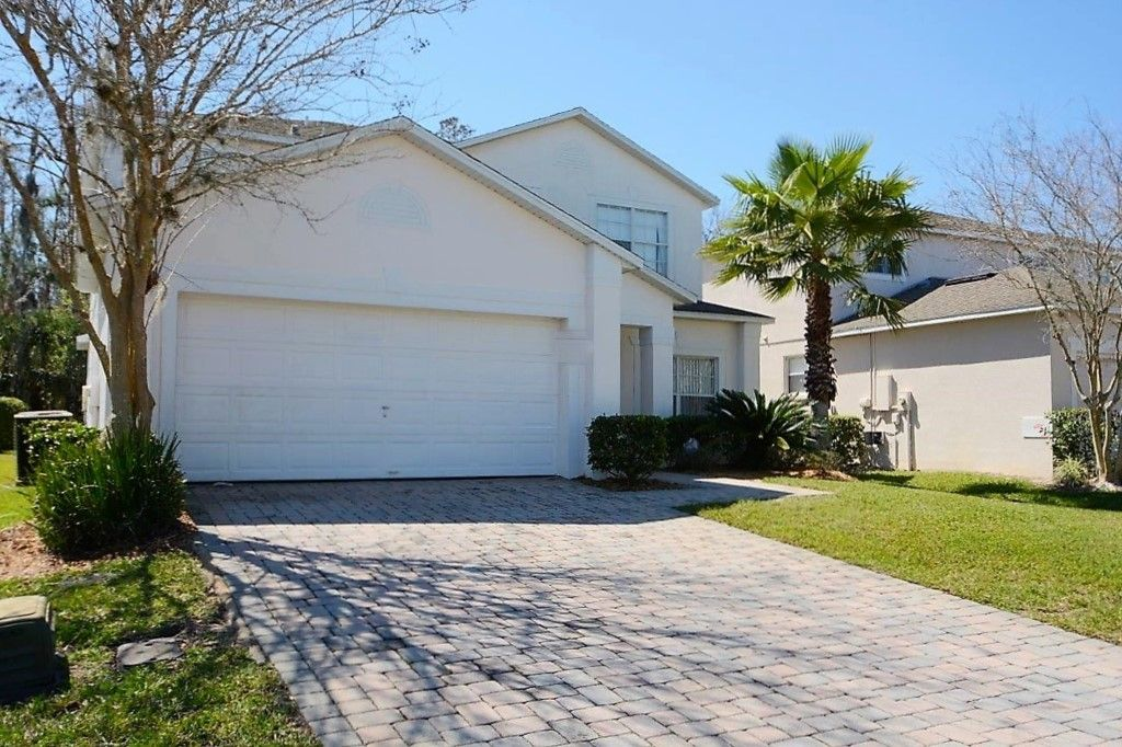 5 Bedroom Orlando Vacation Home With 3 Master Suites Conservation View Outdoor Spa Games Room