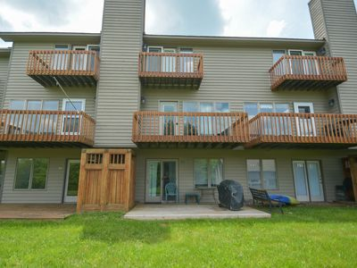 Spectacular 2 bedroom townhome within easy walking distance to Wisp Resort.