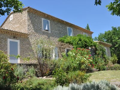 Photo for Provencal villa, stylish and quiet location in the beautiful Luberon
