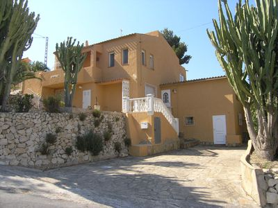 Photo for ECONOMIC PRICES, private pool, WIFI, CENTRAL HEATING, 2 TO 8 PEOPLE,