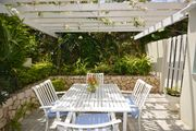 POOL! SHORT WALK TO THE BEACH! STAFF! FAMILY! AFFORDABLE - Primrose