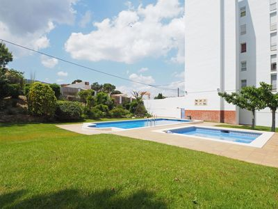 Photo for Apartment with views to the sea and with communal pool ideal for a couple. Located very c