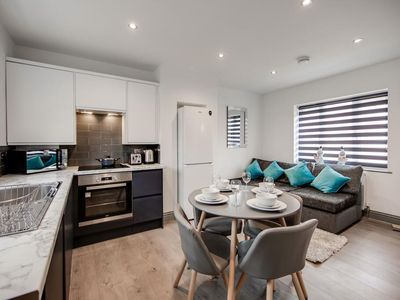 Photo for Elegant & Modern Recently Refurbished 4 Bedroom Apartment- Sleeps 6 Elegant & Modern Rece...