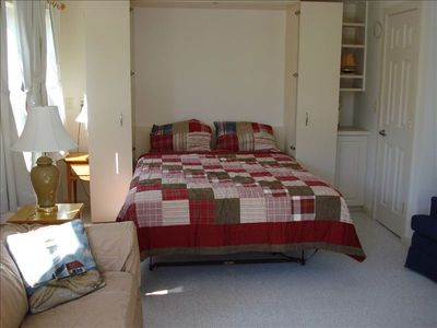 Henry's HideaWay in Harpswell 2 Person Efficiency Saturday to Saturday Rental