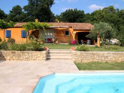 Photo for Provencal house South Luberon with private pool.