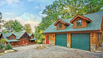 Photo for 5BR Cabin Vacation Rental in McHenry, Maryland