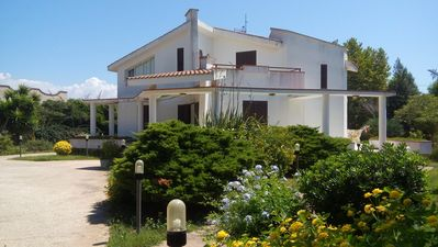 Photo for Elegant villa just a few meters from the most beautiful beach in Marsala