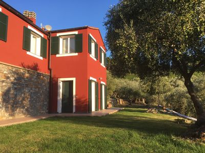 Photo for Relax in the olive trees - 5km from the center and from the beaches - Appartamento Oliva