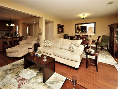 Photo for Quality Townhome 5 min from Charleston & Beach, Pool, Tennis Court!