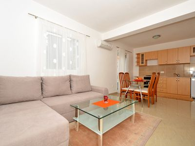 Photo for IGOR 2a, bright one bedroom apartment for up to 4 persons, 150m from the beach