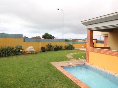 Photo for Albufeira, Mosqueira - 4-Bedroom Villa With Private Swimming Pool,