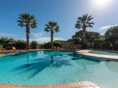 Photo for 2 bedroom townhouse with shared pool on golf complex