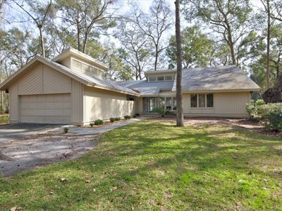 Beautifully Renovated Home with Great Views of the Golf Course