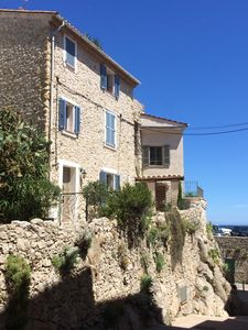 Photo for Beautiful Ramparts House in Antibes Old Town with sea views