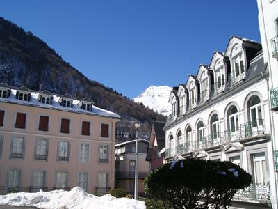 Photo for Large apartment (5 rooms, 150 m2) in the heart of Cauterets