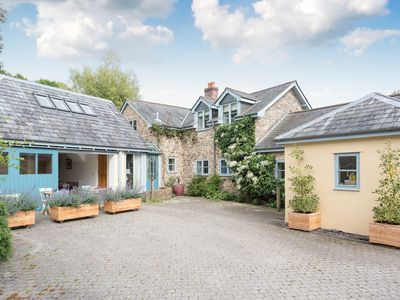 Photo for 5 bedroom accommodation in Colyton, near Honiton