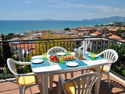 Photo for Apartment Sunset Home in Sperlonga - 7 persons, 3 bedrooms