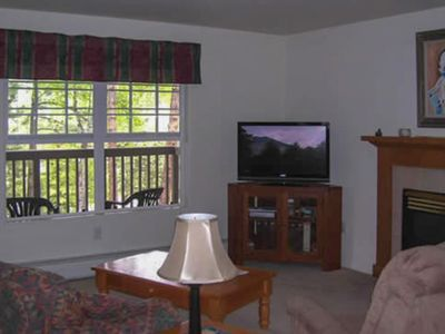 Photo for Relaxing condo in Estes Park w/ a full kitchen, gas fireplace, & furnished deck
