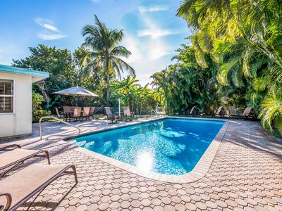 Photo for Hawaiian Punch: Canalfront, Heated Pool,Only 3 Blocks To The Gorgeous Gulf Beach