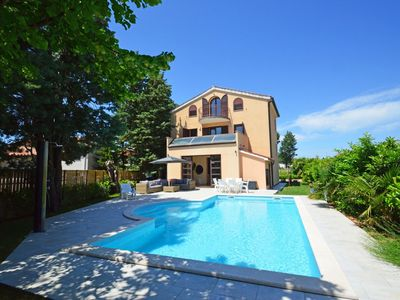 Photo for Nice apartment for 9 guests with private pool, WIFI, A/C, TV, balcony and parking