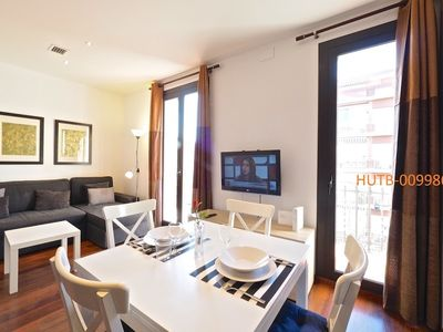 Photo for Apartment 1.2 km from the center of Barcelona with Internet, Air conditioning, Lift, Balcony (443508)