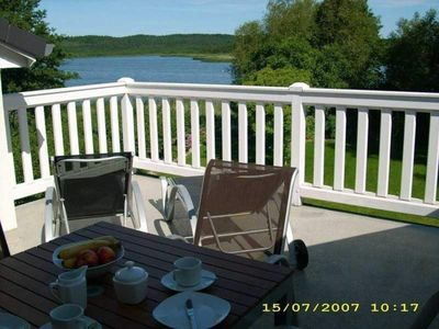 Photo for 2-room apartment with lake view - Schlösschen am Schmachter See