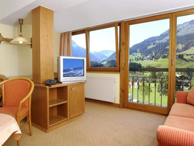 Photo for 2-room apartment up to 4 pers. Kitchenette, shower / WC - IFA Breitach Apartements