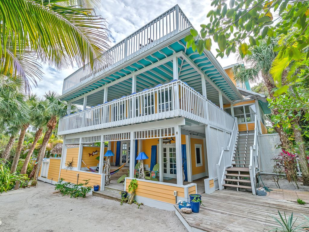 BLUE MANGO, Tropical Seclusion, Steps From ... - VRBO