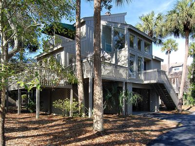 Photo for 2nd Row, 3 bedroom, 2-bath, Charleston-style single family home on North Forest