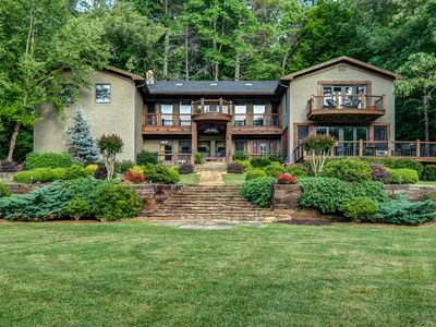 Photo for 9BR Lodge Vacation Rental in Epworth, Georgia