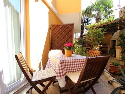 Photo for Holiday apartment with air conditioning and internet near the beach