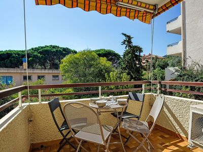Photo for Cosy apartment for 3 guests with WIFI, A/C, TV, balcony and parking