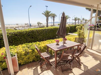 Photo for L'Estartit Seafront Apartments. First sea line. 1 minute from the beach