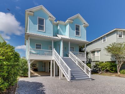Photo for NEW LISTING! Gulf view duplex w/shared pool, hot tub & gym-200 yds to beach