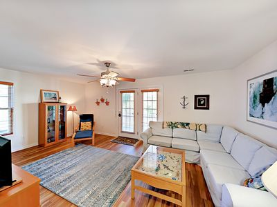 Photo for Celtic Crossing - Surfside 3BR w/ Yard - Close to Beach & Family Attractions