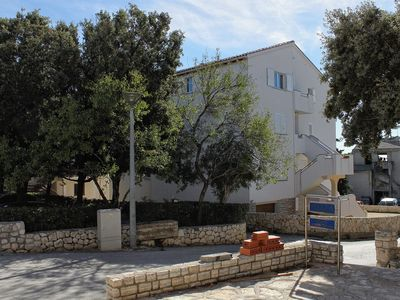 Photo for Two bedroom apartment with balcony and sea view Novalja (Pag)