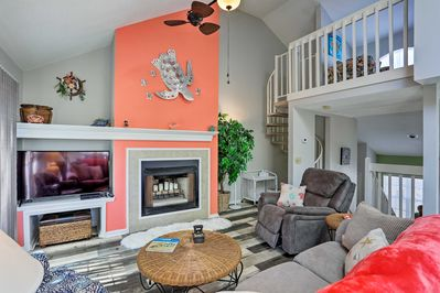 Venture to Myrtle Beach and enjoy a stay at this 2-bed, 2-bath townhome.