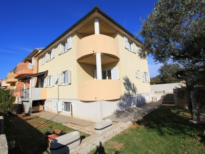 Photo for Holiday apartment Medulin for 1 - 8 persons with 4 bedrooms - Holiday apartment