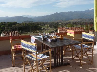 Photo for Guest house Au Chèvrefeuille, between sea and mountains, balcony of Canigou