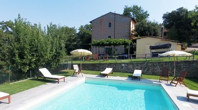 Photo for Agriturismo La Tinaia, cosy oneroom apartment, very close to Florence, views, ca