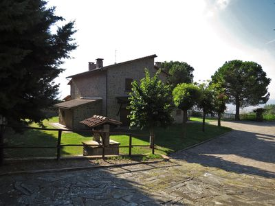 Photo for Comfortable villa with swimming pool in relax near Cortona, Tuscany