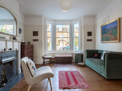 Photo for Character 5BR house By Brockwell Park, 15 min journey to Victoria St, by Veeve