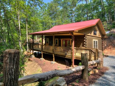 Photo for Helen's Hideaway:New Luxury Honeymoon Suite-10 min from Polar Express and NOC