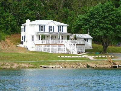 Riverfront Property on the Shenandoah River with Hot Tub  - River Paradise