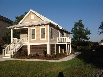Photo for Close To Folly Beach & Charleston, Charming, Quiet, Comfortable