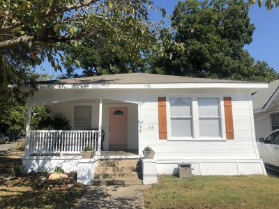 Photo for Clay Cottage- Magnolia, Baylor and Downtown Waco