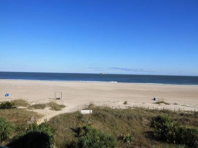 Photo for Ocean View Beach Front Large 1 Bedroom Top Floor End Unit