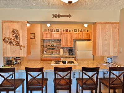 Photo for Beautiful Meadow Ridge Unit with Great Amenities! Close to everything!