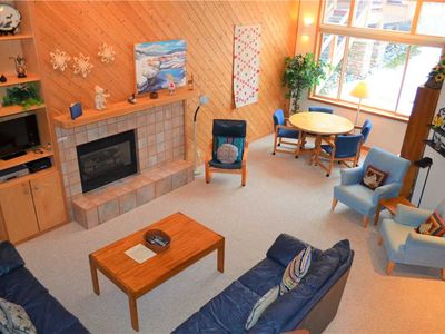 Photo for Gorgeous and Spacious Ski in/Ski out, 4 Bed/3 Bath Cedars Townhome-Walking Distance from Main Street