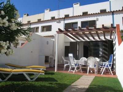 Photo for Excellent villa house in the center of Vilamoura near the marina and beach